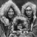 Une famille Inupiat de Noatak, Alaska, 1929, Edward S. Curtis