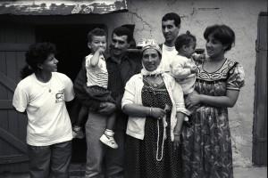 «Karim et sa famille»: la famille de Karim à La Lorette ( 16é art.) 28/09/1991 ©J. Windenberger