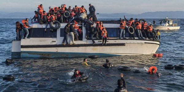 Syrian and Iraqi immigrants getting off a boat from Turkey on the Greek island of Lesbos, oct. 2015, Ggia
